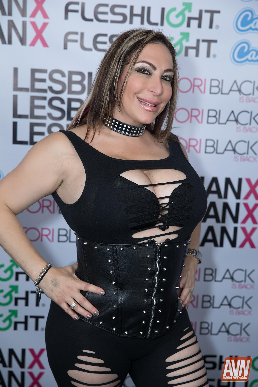 Tori Black Party for Lesbian X (Gallery 1) | AVN
