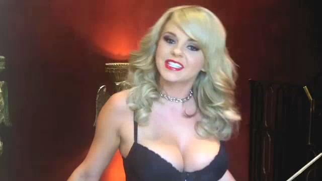 AVN Awards 2012 : Meet Bree Olson