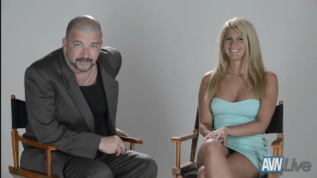 AVN Live Profile: Layla Price