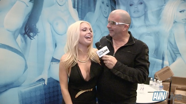 AVN Live talks to Jesse Jane during AEE 2014